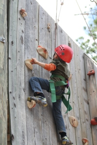 Dos Climbing Rock Wall to Zipline